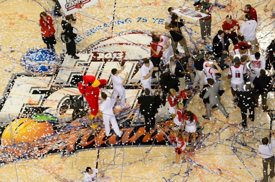 Final Four® Dribble refreshed by Coca-Cola®